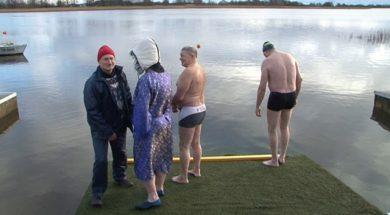 Латвийские моржи слетелись в Вентспилс.